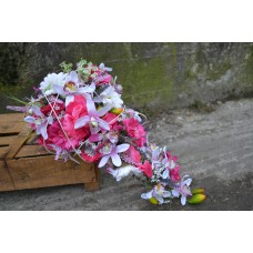 Svadobná kytica umelá cyklámenka