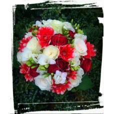 Svadobná kytica červená vášeň
